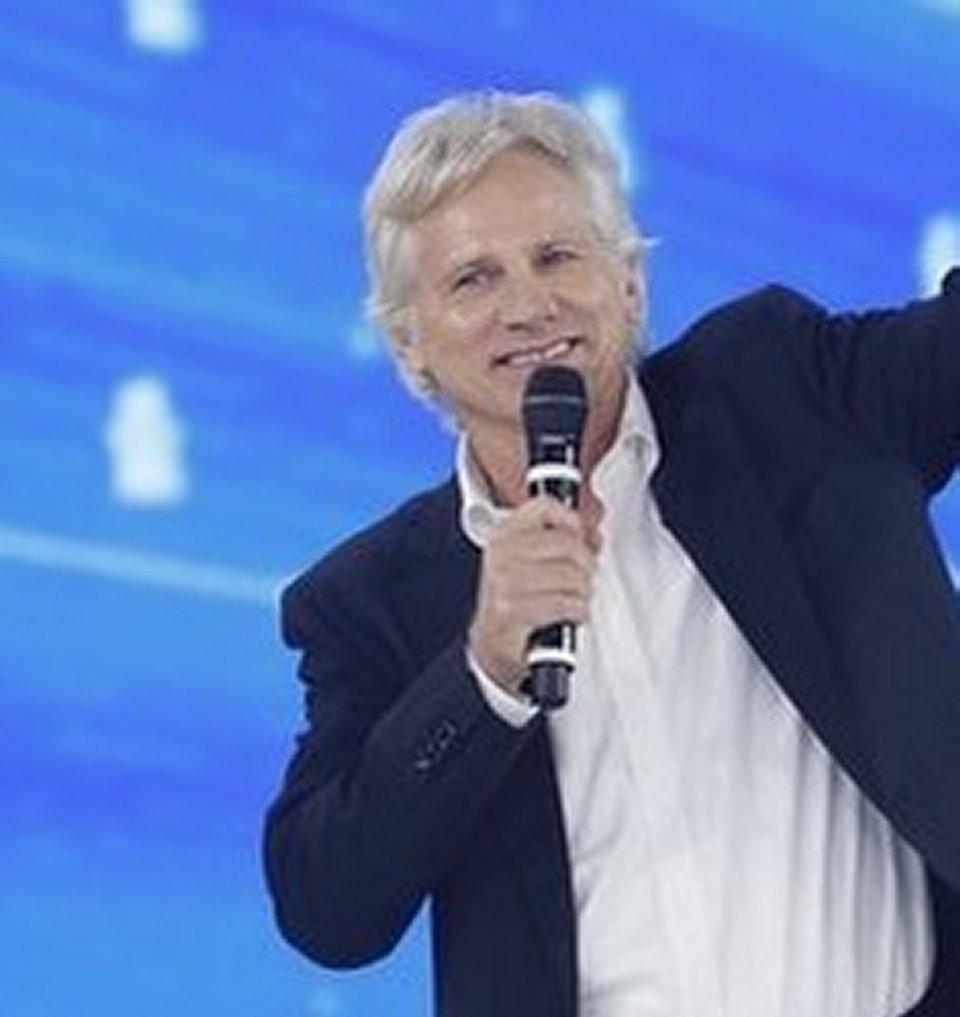 Giulio Scarpati in lite con Emanuele Filiberto ad Amici Celebrities